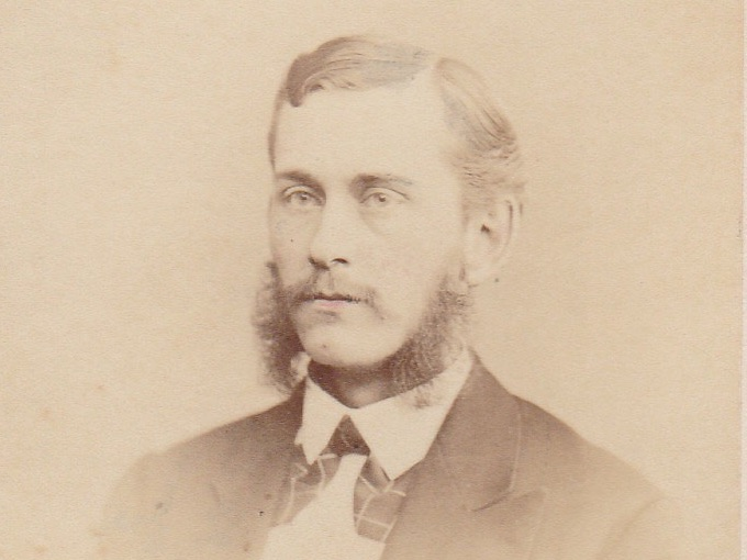 1880s CDV Photograph of a Man with Big Sideburns — Philadelphia, Penn.