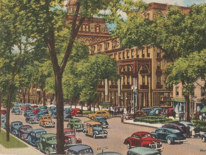 Broadway, Grand Union Hotel and Rip Van Dan Hotel, Saratoga Springs, N.Y.